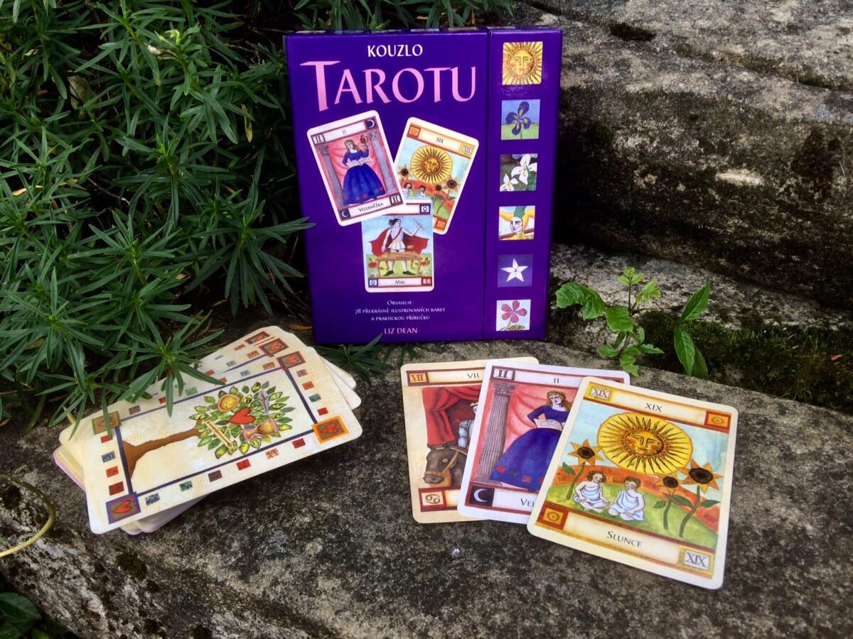 Kniha Kouzlo tarotu v našem nakladatelství Alpress